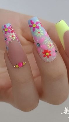 May 13 2020 - Spring flowers nails by Alina Hoyo Best Acrylic Nails, Acrylic Nail Designs, Nail Art Designs, Rhinestone Nails, Bling Nails, Fire Nails, Coffin Nails Long, Luxury Nails, Pretty Nail Art
