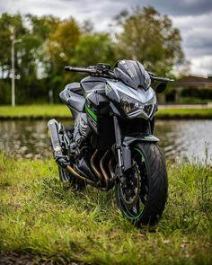 #Aidi #Suzuki #Motorcycle #KawasakiZ800 Cruiser, Suzuki B-King, Telegram, Automotive design - Follow #extremegentleman for more pics like this! Moto Bike, Motorcycle Gear, Suzuki Motorcycle, Super Bikes, Ninja Bike, Kawasaki Bikes, Triumph Speed Triple, Motorcycle Photography, Vintage Bikes