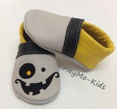 Krabbelschuhe,+Lederpuschen+grinse+Monster+;)+von+HeyMo+Kids+auf+DaWanda.com