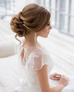 [vc_row][vc_column][vc_column_text] Wedding Hairstyle Inspiration We have the largest collection of wedding hairstyles in our Showrooms.[/vc_column_text][/vc_column][/vc_row][vc_row][vc_column][vc_masonry_media_grid s...