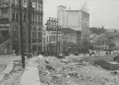 1936 - Ladeira Doutor Falcão. No lado direito da foto temos o canteiro de obras do edifício Matarazzo. No final da rua o Largo Riachuelo, atual praça da Bandeira.