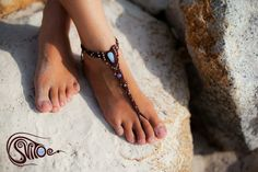 """""""Drops of moonlight"""". Anklet with moonstone."""