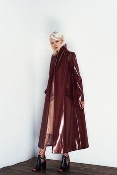 Stylish Faux Leather Winter Coat for Women Stylish Winter Coats, Winter Coats Women, Raincoats For Women, Jackets For Women, Rain Slicker Womens, Pink Raincoat, Rain Jacket Women, Langer Mantel, Pvc Coat