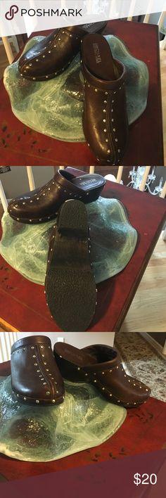 Brown Michael Kors clogs Brown clogs KORS Michael Kors Shoes Mules & Clogs