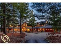 ♥Dream home amongst the trees ♥