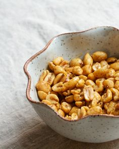Old bay roasted peanuts- switch to chickpeas to make isa friendly Yummy Appetizers, Appetizer Recipes, Snack Recipes, Cooking Recipes, Tailgating Recipes, Savory Snacks, Healthy Snacks, Peanut Recipes, Roasted Peanuts
