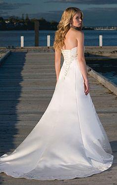 Handmade Classic Formal Beach Bridal Gown / Wedding Dress BE039
