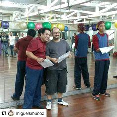 #Repost @miguelsmunoz #rumbacana  16 julio 2016. Inicio de evaluaciones del curso básico de #salsacasino  @omarjaimes8 iniciando el momento... #BailaParaDivertirte