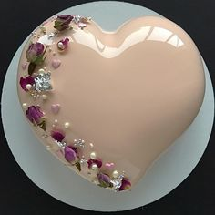 Happy Anniversary Heart Cake For Couple With Your Name.Name Anniversary Cake Maker.Love Cake With Couple Name.Wedding Anniversary Designer Cake With Lover Name Gorgeous Cakes, Pretty Cakes, Amazing Cakes, Food Cakes, Cupcake Cakes, Mirror Glaze Cake, Mirror Glaze Wedding Cake, Mirror Cakes, Heart Cakes