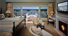A truly unique and lavish experience, there is only one Round Cove Suite and it's the most luxurious offering at our resort. #wequassett