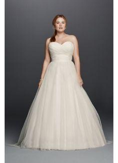 e751fc9206 133 Best Plus Size Wedding Dresses images in 2019   Dress wedding ...