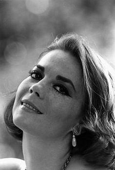Natalie Wood, 1966.