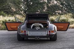 Singer-Porsche-911-Targa-rear-end