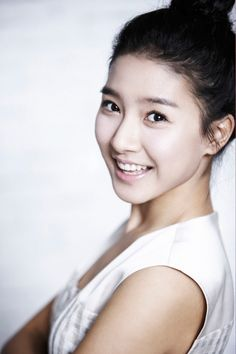 beautiful and cute k drama actresses Kim So Eun, Kim Sejeong, Kim Ji Won, Yoon Eun Hye, Shin Se Kyung, Boys Over Flowers, K Drama, Kim Bum, Cute Korean Girl