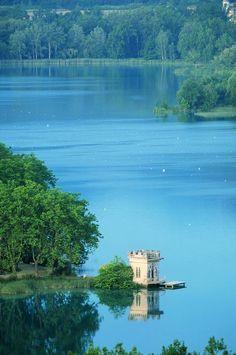 The Beautiful Lake in Banyoles, Girona, Catalonia (Daniel Julián)