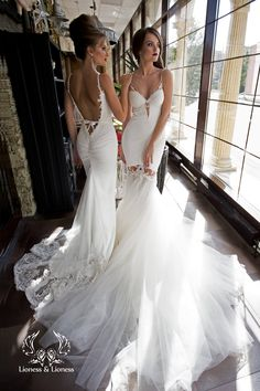 Items similar to Effect tight-fitting wedding dress transformer, removable lush mermaid skirt (fish) of tulle, with individual cups, lace appliques / Ilona on Etsy Lace Wedding Dress, Sexy Wedding Dresses, Perfect Wedding Dress, Wedding Gowns, Dress Lace, Wedding Tips, Wedding Ceremony, Blue Bridesmaids, Bridesmaid Dresses