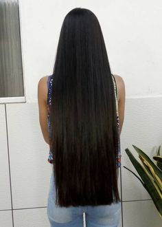 Long Black Hair, Beautiful Long Hair, Layered Cuts, Female Images, Long Hair Styles, Hair Pictures, Beauty, Women, Hairstyle Ideas