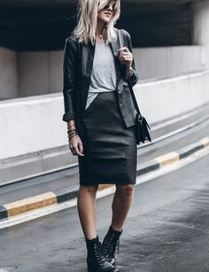 Combat Boots Dress, Combat Boot Outfits, Winter Boots Outfits, Black Combat Boots, Cute Fall Outfits, Winter Fashion Outfits, Spring Outfits, Autumn Fashion, Blue Boots