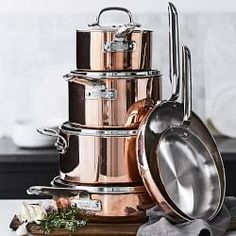 Williams Sonoma carries copper cookware that is professionally crafted for a balance of beauty and function. Find copper skillets and copper pots and pans from a variety of top brands, like Mauviel and All-Clad. Rose Gold Kitchen, Copper Kitchen, Williams Sonoma, Breakfast Nook Bench, Kitchen Decor, Kitchen Design, Pots And Pans Sets, Copper Pots, Hammered Copper