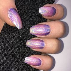 Shiny holo gradient using @colorclubnaillacquer #holo nail polish with flash #nails #gradient #shiny #purple #pink #flash #nailart