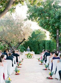 wedding ceremony decor ideas | VIA #WEDDINGPINS.NET