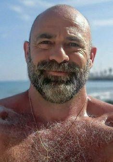 Scruffy Men, Hairy Men, Bearded Men, Bald Head With Beard, Grey Beards, Short Beard, Hunks Men, Bald Men, Beard No Mustache