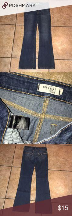 Bullhead Black Slim Bootcut Jeans Size 3 Bullhead Black Slim Bootcut Jeans Size 3  inseam approx 30 inches Bullhead Jeans Boot Cut