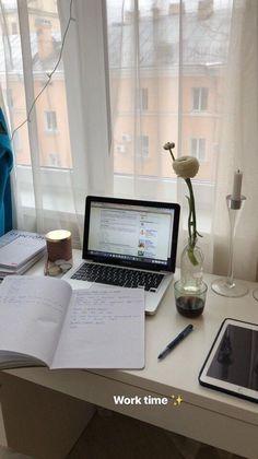 Study Space, Study Desk, Studyblr, Study Organization, University Organization, Study Hard, School Notes, Instagram Story Ideas, Study Notes
