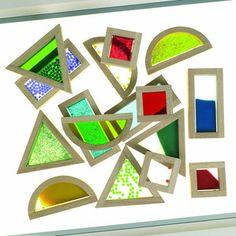 Mesa luz (Reggio Emilia) - Página web de jugarcontigo