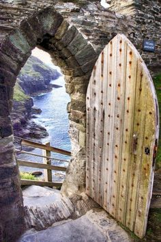Tintagel ~ Cornwall ~ England, supposedly King Arthur's castle, now a very beautiful and atmospheric ruin x Cornwall England, North Cornwall, Yorkshire England, Cornwall Coast, Yorkshire Dales, North Wales, Unique Doors, Old Doors, Doorway