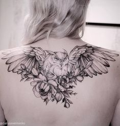 Owl Tattoo Meaning, Best Owl Tattoo Design Ideas flying owl tattoo on back by Diana Diana Trendy Tattoos, Black Tattoos, Body Art Tattoos, Girl Tattoos, Sleeve Tattoos, Bow Tattoos, Tatoos, Irish Tattoos, Owl Tattoo Design