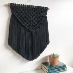 Side shot Saturday with this sexy girl * * 📸: * Tapestry Bedding, Boho Tapestry, Bohemian Interior, Modern Bohemian, Macrame Wall Hanging Diy, Wool Art, Macrame Projects, Minimalist Decor, Decoration