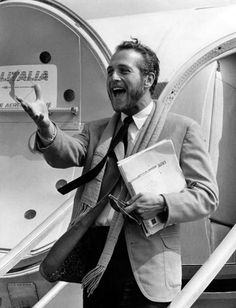 voxsart:    Alitalia.  Paul Newman and the black knit tie.