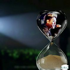 The Singer: Kim Hyun Joong: BELONGING TO THE WORLD AND SO FAR FROM THE