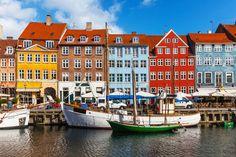 Prédios coloridos no bairro de Nyhavn, em Copenhague