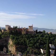 アルハンブラ宮殿を望む