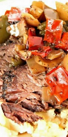 Slow Cooker Beef Sirloin with Peppers, Onions and Dill