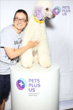 On Saturday June 8th and Sunday June 9th the Pets Plus Us Pack was at Woofstock, North America's Largest Festival for Dogs. Here are the photos that were taken at our Photobooth!