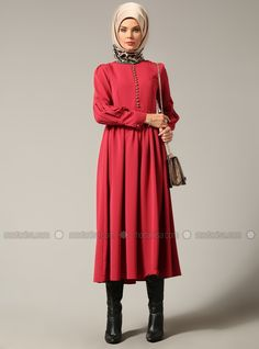 Britli Elbise - Bordo - Refka ucuz, kaliteli ve bir tık ötenizde. İncelemek ya da satın almak için tıklayınız...