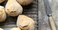 ELTEFRIE RUNDSTYKKER Yeast Rolls, Sweets, Baking, Desserts, Tailgate Desserts, Deserts, Goodies, Bakken, Backen