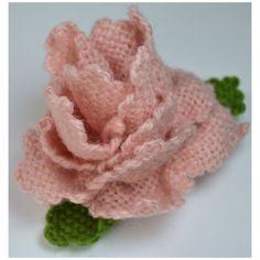 """Loom Bloom"" made on a 4""x4"" Square Multi-Loom (Weavette) by Virginia R."