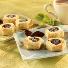 Pepperidge Farm® Puff Pastry: Chocolate Mousse Cups Tender, flaky puff pastry cups hold rich and creamy chocolate mousse filling that is sprinkled with grated bittersweet chocolate for an elegant dessert that tastes as good as it looks!