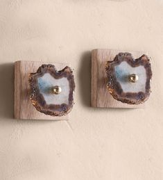 https://www.vivaterra.com/agate-wall-hooks-set-of-2.html