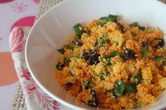 Cuscús marroquí con verduras, pasas y cilantro