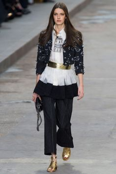 Chanel Spring 2015 Ready-to-Wear - Chanel Ready-to-Wear Collection