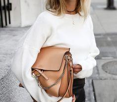 Τα Υπέροχα Λευκά Μάλλινα