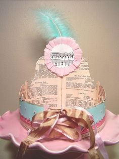 Backview of holiday_jenny's crown. Its as pretty on the inside!! Amazing creativity!!