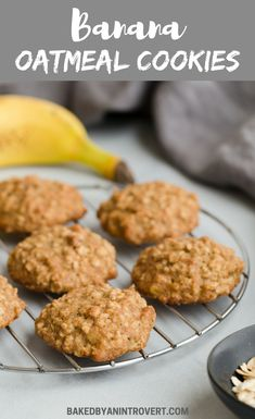 These Banana Oatmeal Cookies are absolute perfection. This recipe yields a perfectly soft, cake-like banana cookie loaded with oats. Banana oatmeal cookies are the perfect treat for breakfast or dessert. Healthy Chocolate Cookies, Banana Oat Cookies, Oatmeal Cookie Recipes, Banana Oats, Healthy Banana Cookies, Healthy Cookies For Kids, Banana Roll, Peanut Butter Granola, Healthy Peanut Butter