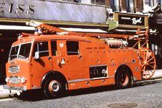 Fire Apparatus, Emergency Vehicles, Firefighting, Fire Dept, Fire Engine, Semi Trucks, Ambulance, Fire Trucks, 4x4