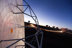 Picture of ALMA Array antenna